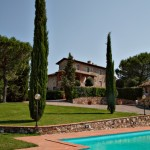 Fattoria Pratale_Chianti_view of swimming pool and Tuscan house